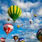 What are the interesting facts behind hot air balloons?
