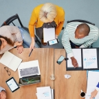 How do you run a successful brainstorming session?